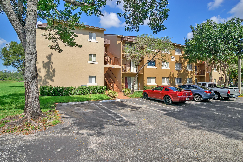 1215 N Benoist Farms Road 103 West Palm Beach, FL 33411