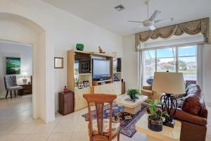 7403 Viale Caterina Delray Beach FL 33446 - photo 8