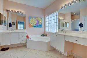 7403 Viale Caterina Delray Beach FL 33446 - photo 14