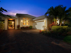 Property for sale at 104 Coral Cay Drive, Palm Beach Gardens,  Florida 33418