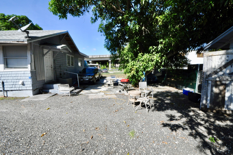 4010 Garden Avenue West Palm Beach, FL 33405 photo 8
