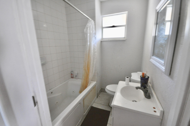 4010 Garden Avenue West Palm Beach, FL 33405 photo 27