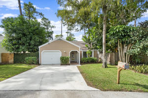 429  Park Forest Way  For Sale 10574236, FL