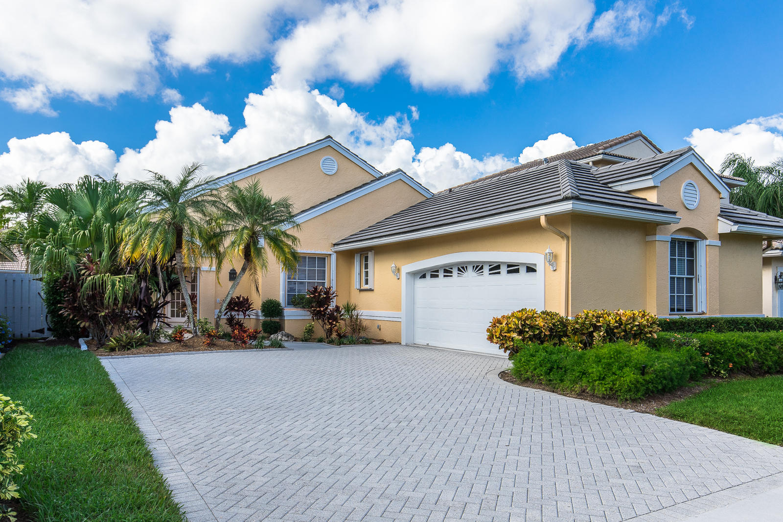 Home for sale in VILLAS OF IRONHORSE West Palm Beach Florida