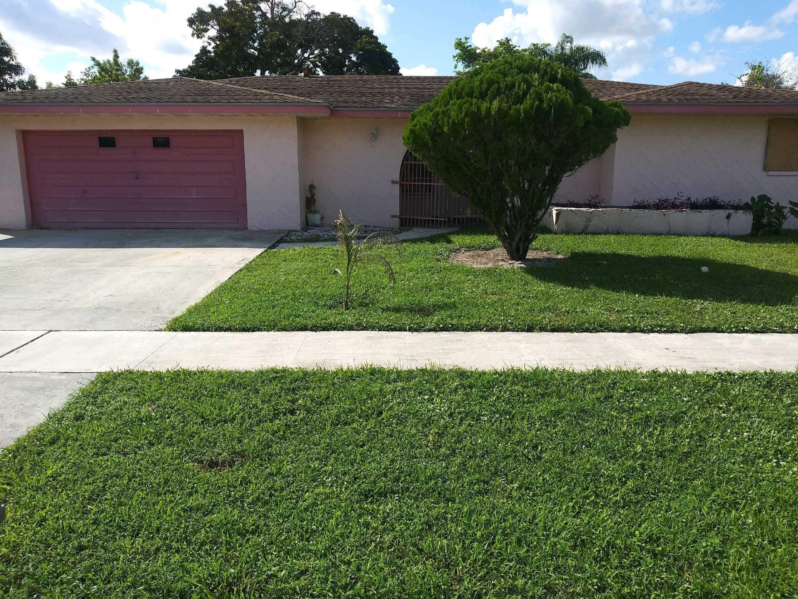 861 Azalea Drive Royal Palm Beach, FL 33411