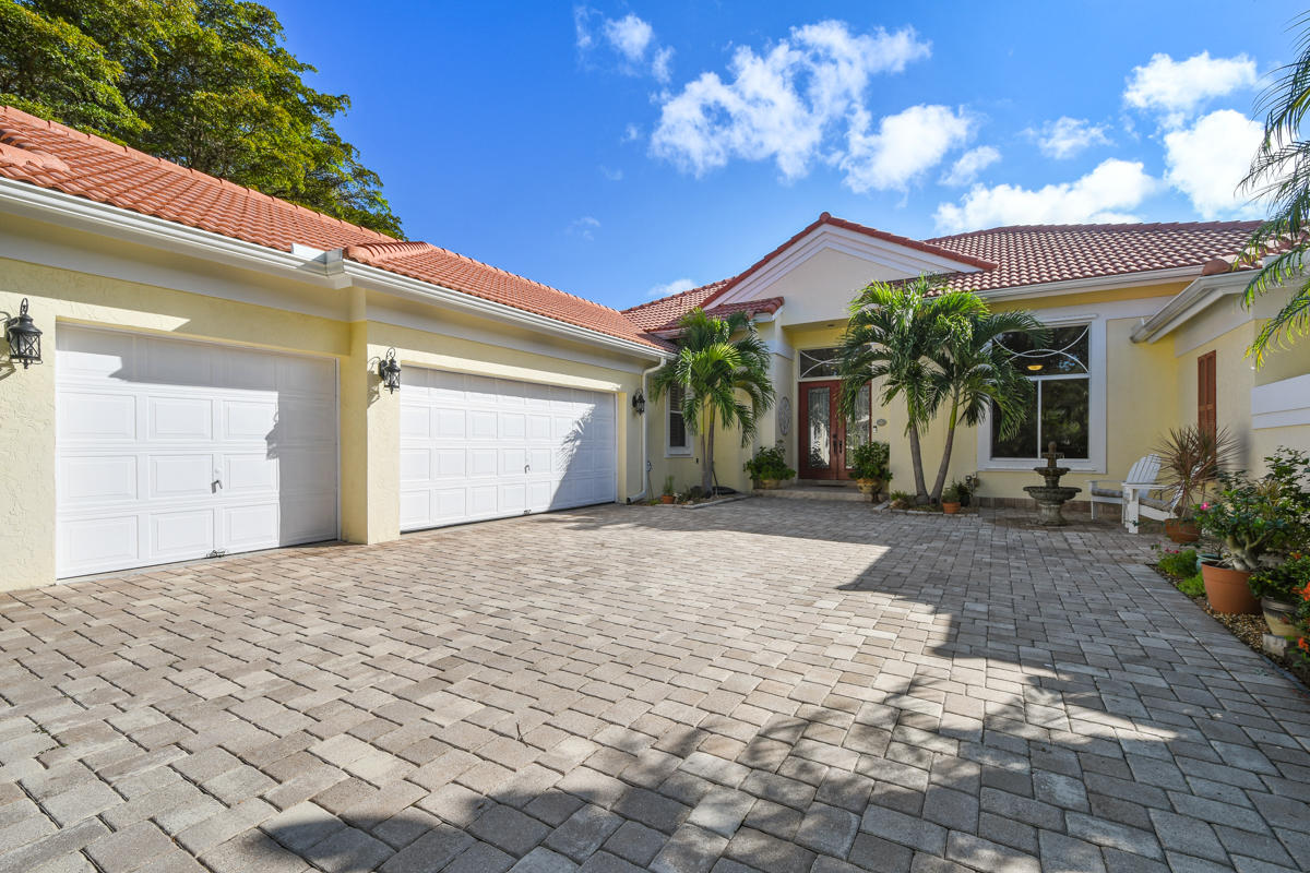 Photo of 6852 Cypress Cove Circle, Jupiter, FL 33458