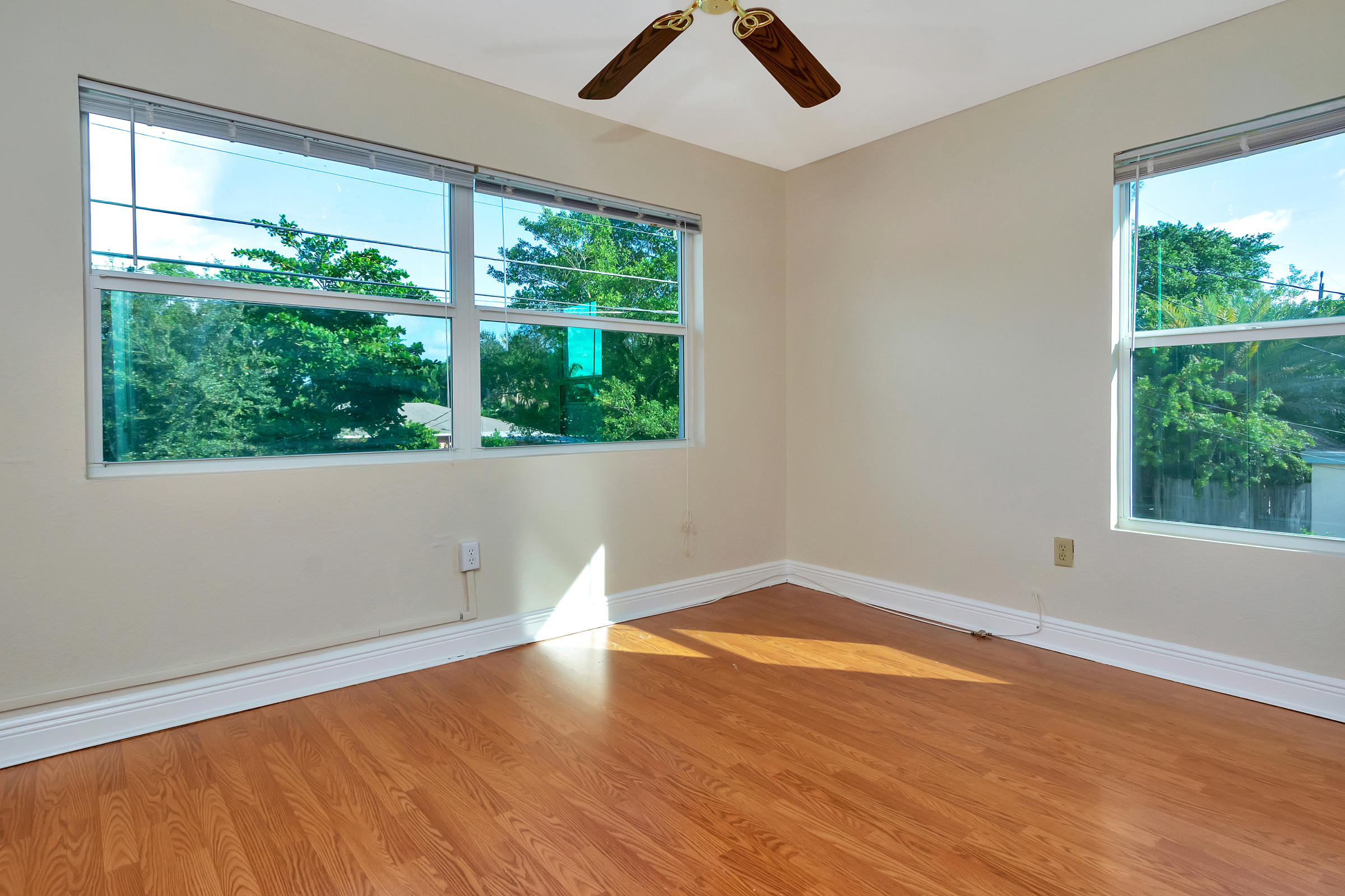 707  6th Avenue 1101,  FL 33460 is listed for sale as MLS Listing RX-10574418 photo #22