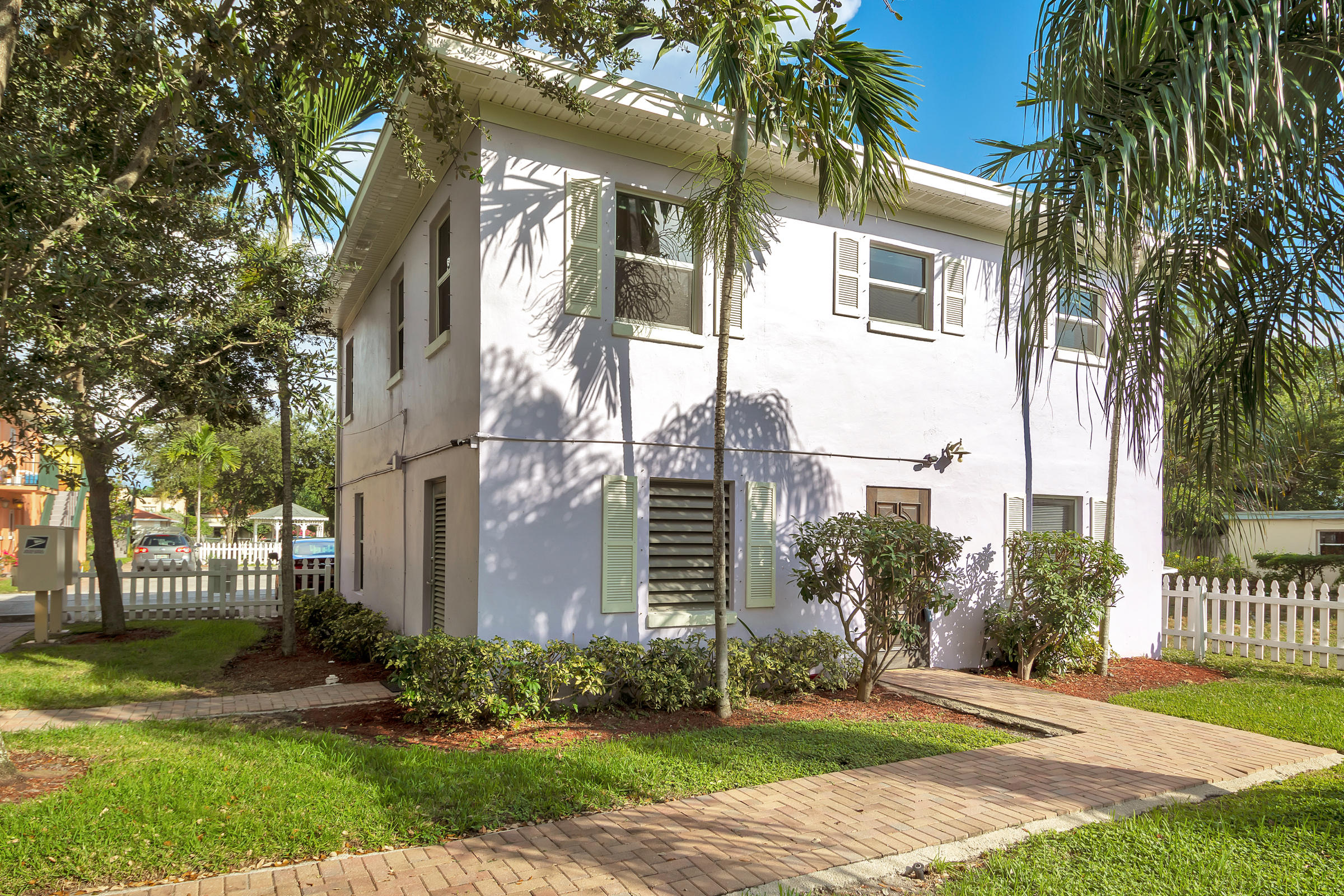 707  6th Avenue 1101,  FL 33460 is listed for sale as MLS Listing RX-10574418 photo #15