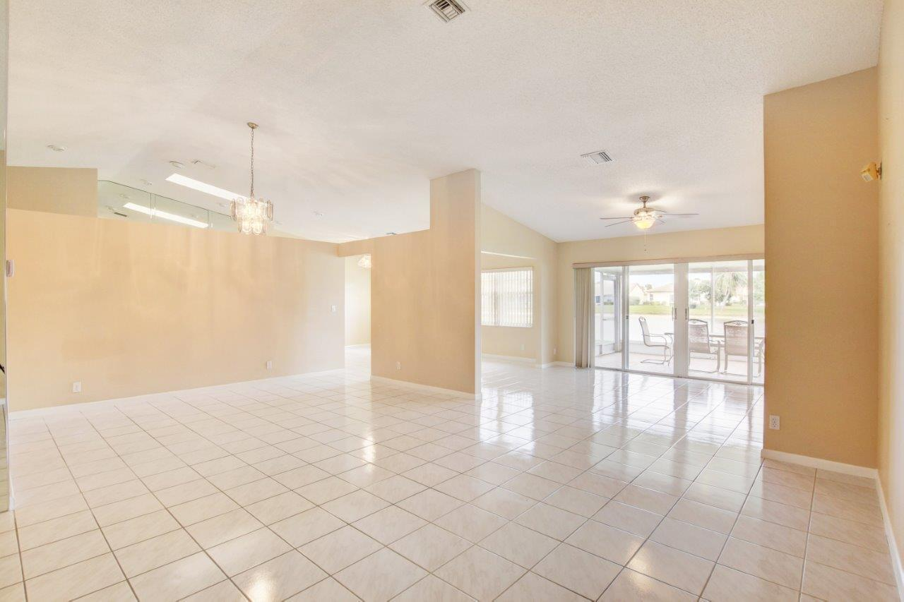 4020 Summer Chase Court Lake Worth, FL 33467 small photo 8