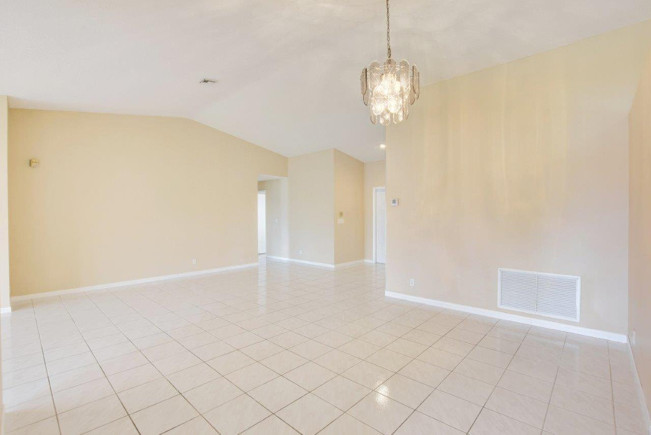 4020 Summer Chase Court Lake Worth, FL 33467 small photo 12