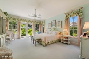 11395  Golfview Lane , North Palm Beach FL 33408 is listed for sale as MLS Listing RX-10574392 photo #11