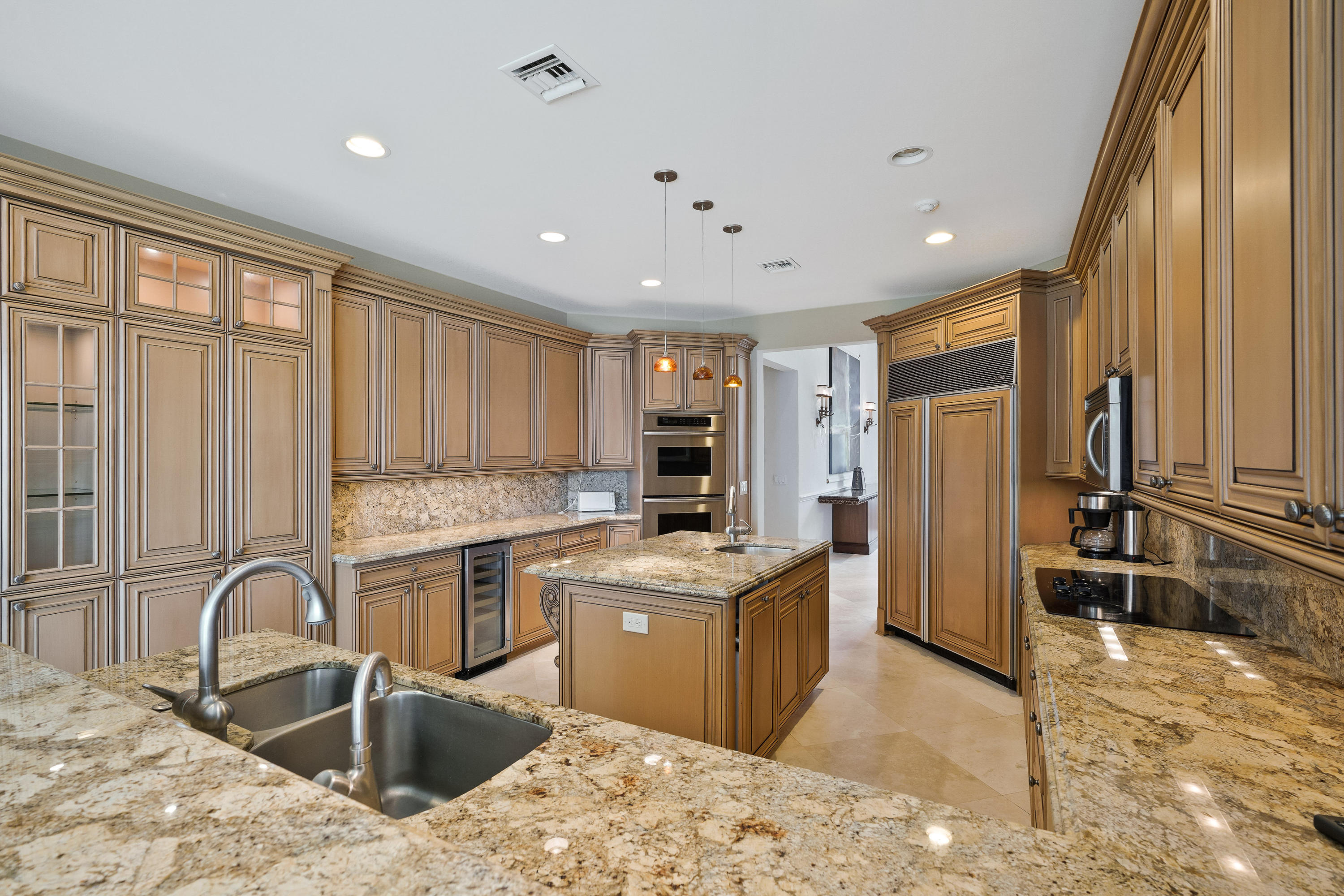 121  Commodore Drive , Jupiter FL 33477 is listed for sale as MLS Listing RX-10574506 photo #11
