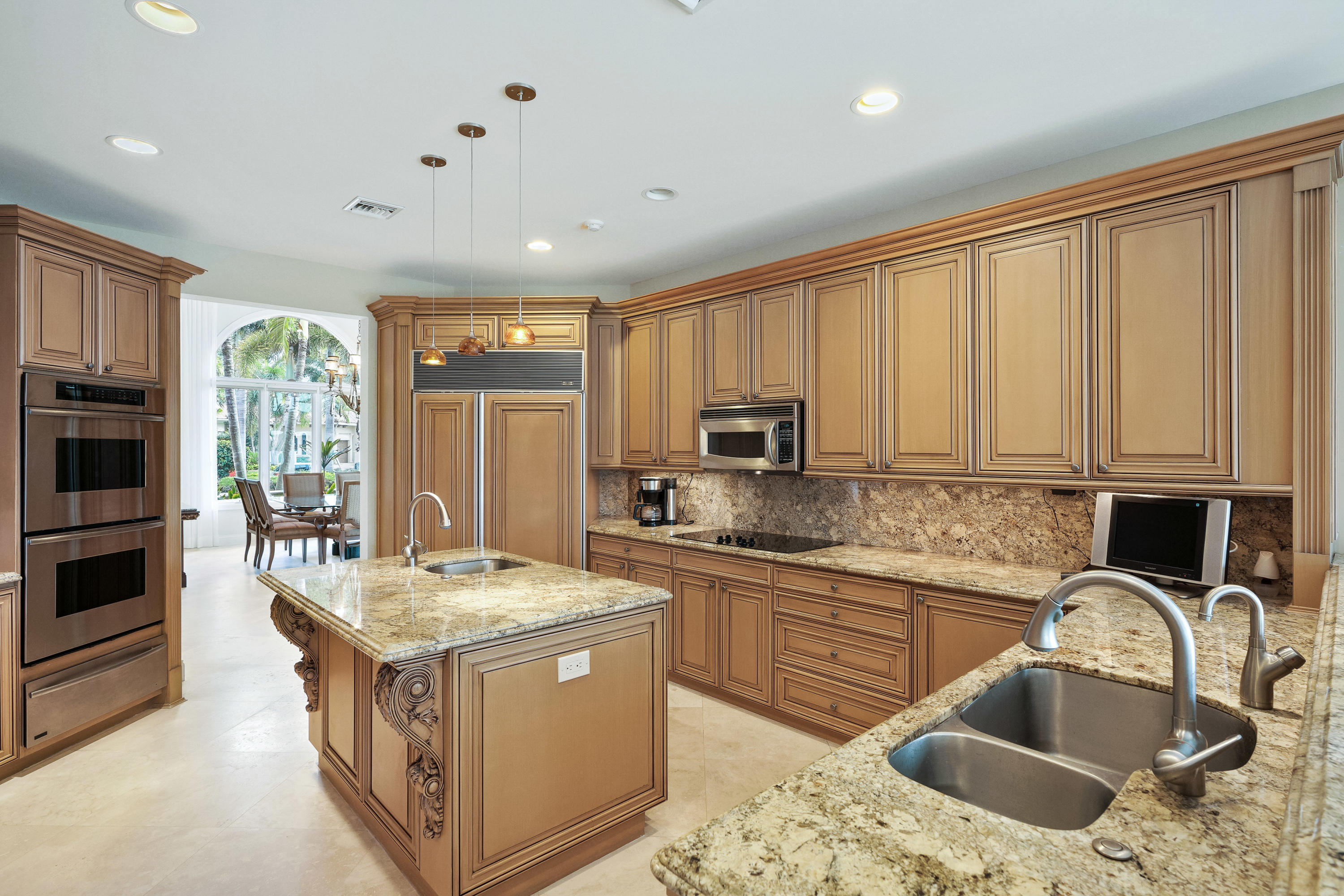 121  Commodore Drive , Jupiter FL 33477 is listed for sale as MLS Listing RX-10574506 photo #12
