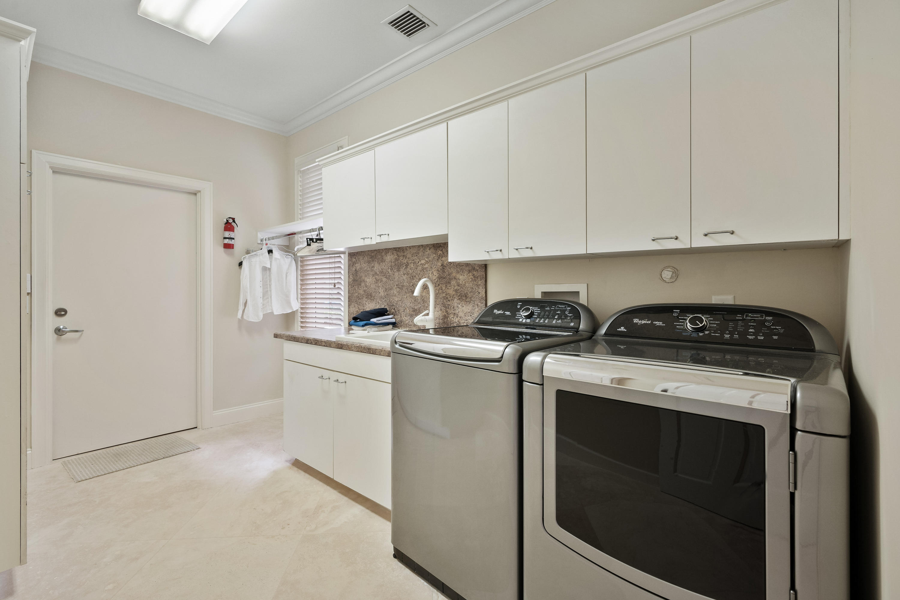 121  Commodore Drive , Jupiter FL 33477 is listed for sale as MLS Listing RX-10574506 photo #32