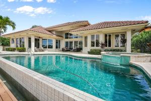 121  Commodore Drive , Jupiter FL 33477 is listed for sale as MLS Listing RX-10574506 photo #38