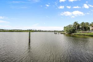 121  Commodore Drive , Jupiter FL 33477 is listed for sale as MLS Listing RX-10574506 photo #42