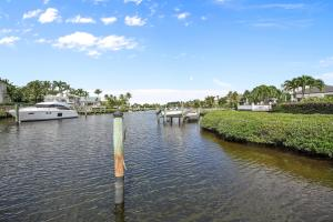 121  Commodore Drive , Jupiter FL 33477 is listed for sale as MLS Listing RX-10574506 photo #43