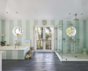 320  Island Road , Palm Beach FL 33480 is listed for sale as MLS Listing RX-10574531 photo #13