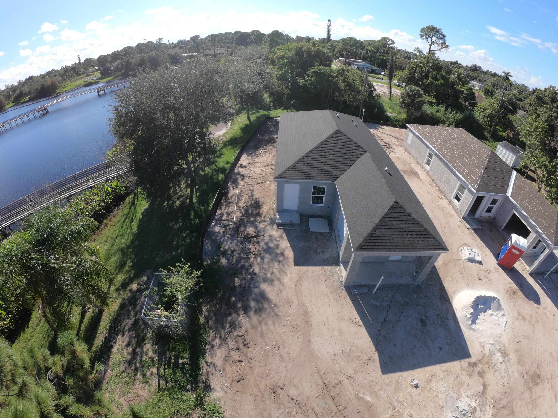 Photo of 5032 SE Flounder Avenue, Stuart, FL 34997
