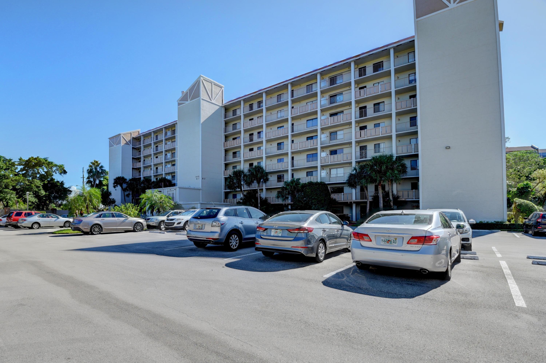 14475 Strathmore Lane 108  Delray Beach, FL 33446