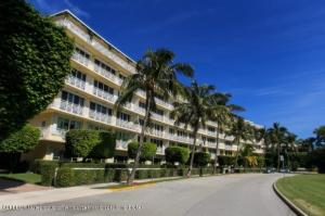 425  Worth Avenue 2b, Palm Beach FL 33480 is listed for sale as MLS Listing RX-10574533 photo #2
