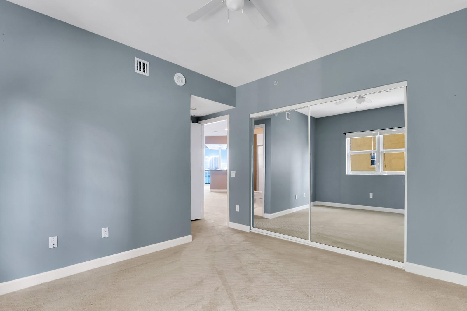 2640 Lake Shore Drive 507, Riviera Beach, Florida 33404, 2 Bedrooms Bedrooms, ,2.1 BathroomsBathrooms,A,Condominium,Lake Shore,RX-10574675