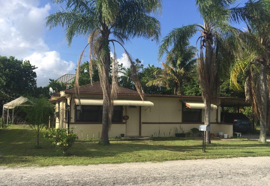 Home for sale in fairchilds Hobe Sound Florida