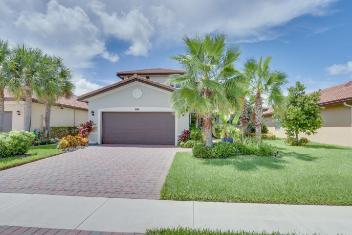 7163 Prudencia Drive Lake Worth, FL 33463