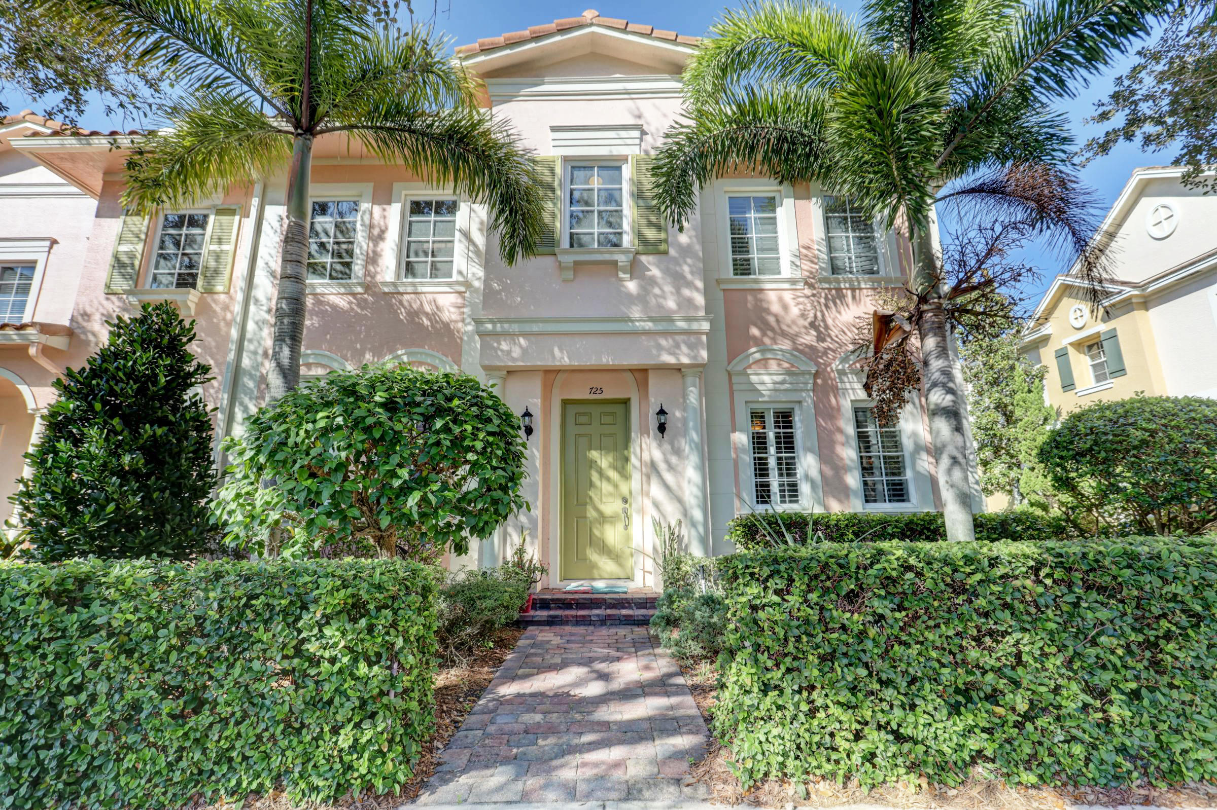 Photo of 725 Dakota Drive, Jupiter, FL 33458