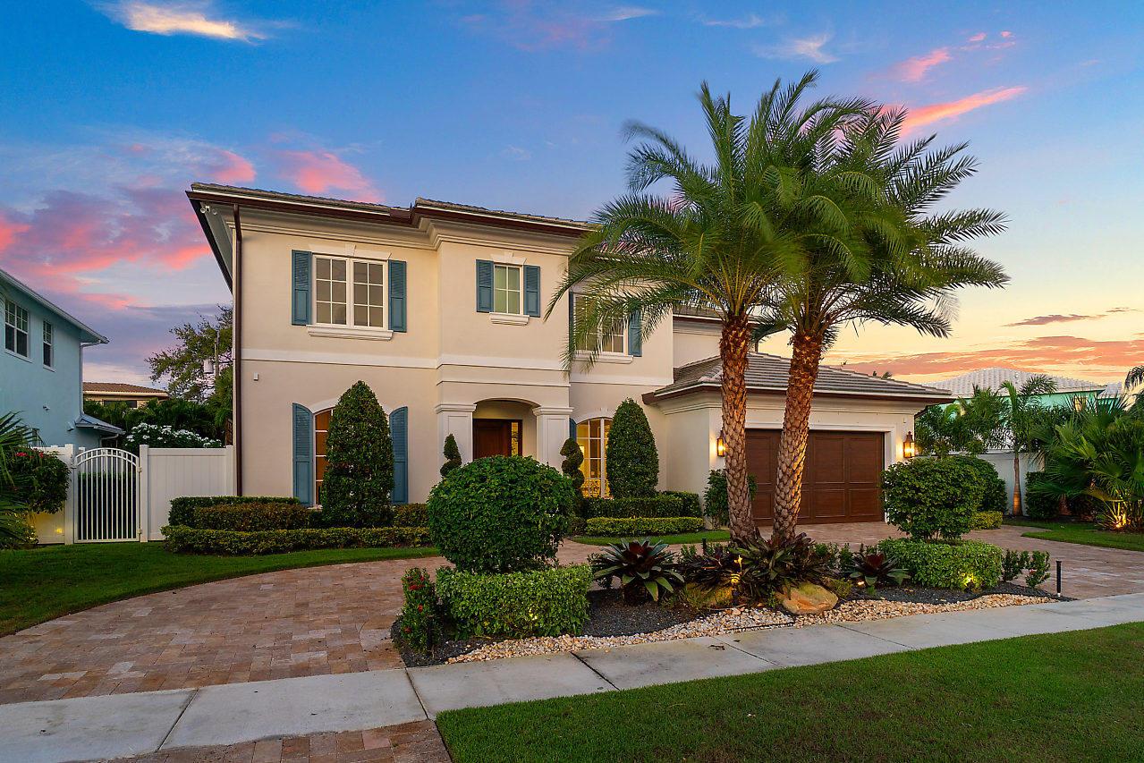 325 NE 7th Street - Boca Raton, Florida