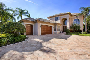 Desirable two story Barbados Model, built in 1999, spacious and very private. Large Dining Room, Living and Family Room.Master BR and office on the first floor. Very private and beautiful backyard.