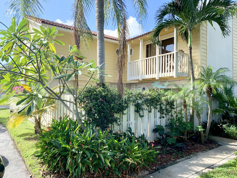 148 Seabreeze Circle - Jupiter, Florida