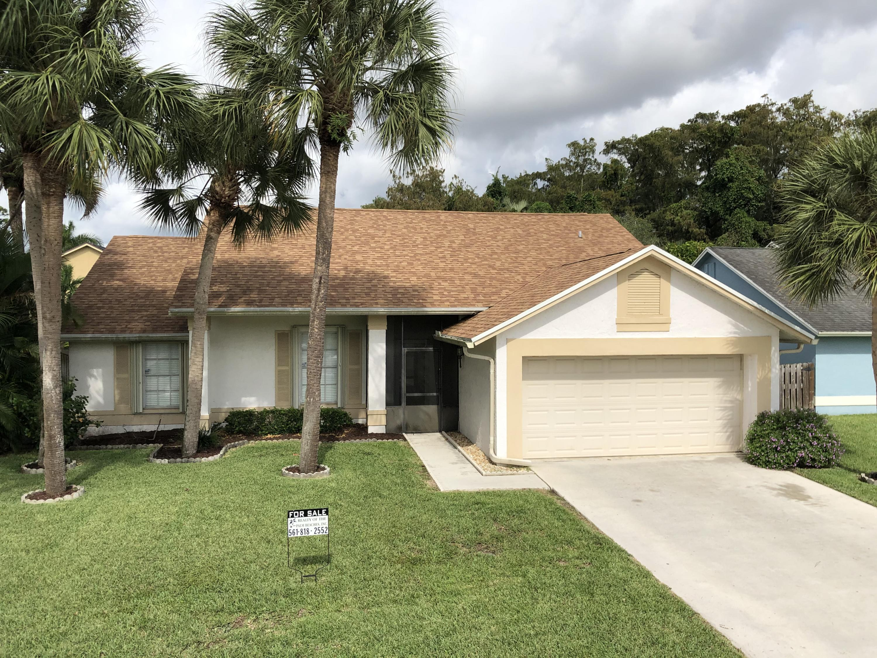 9947 Cross Pine Court Lake Worth, FL 33467