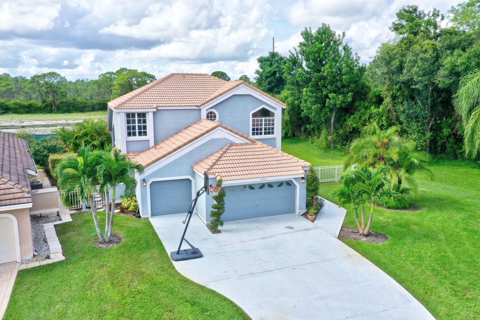 13901 Palm Grove Place Palm Beach Gardens, FL 33418 photo 2