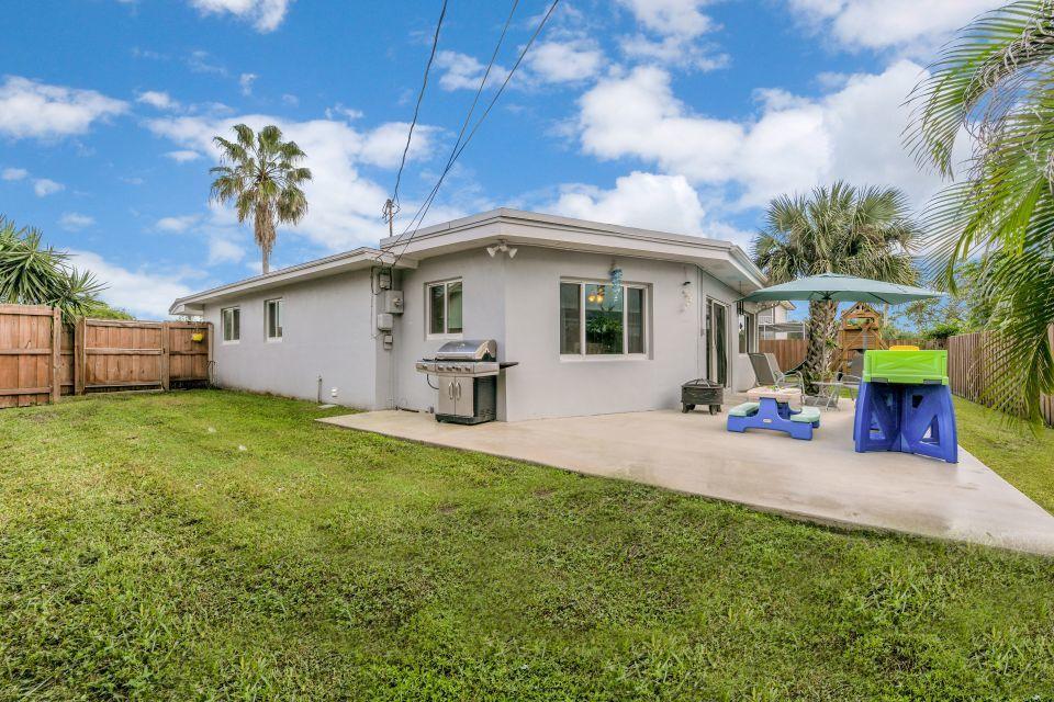 1141 Wynnedale Road West Palm Beach, FL 33417 photo 30