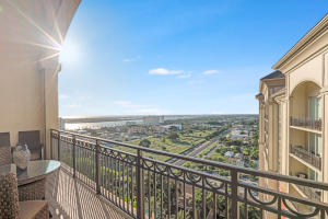 550  Okeechobee Boulevard Uph-07 For Sale 10575828, FL