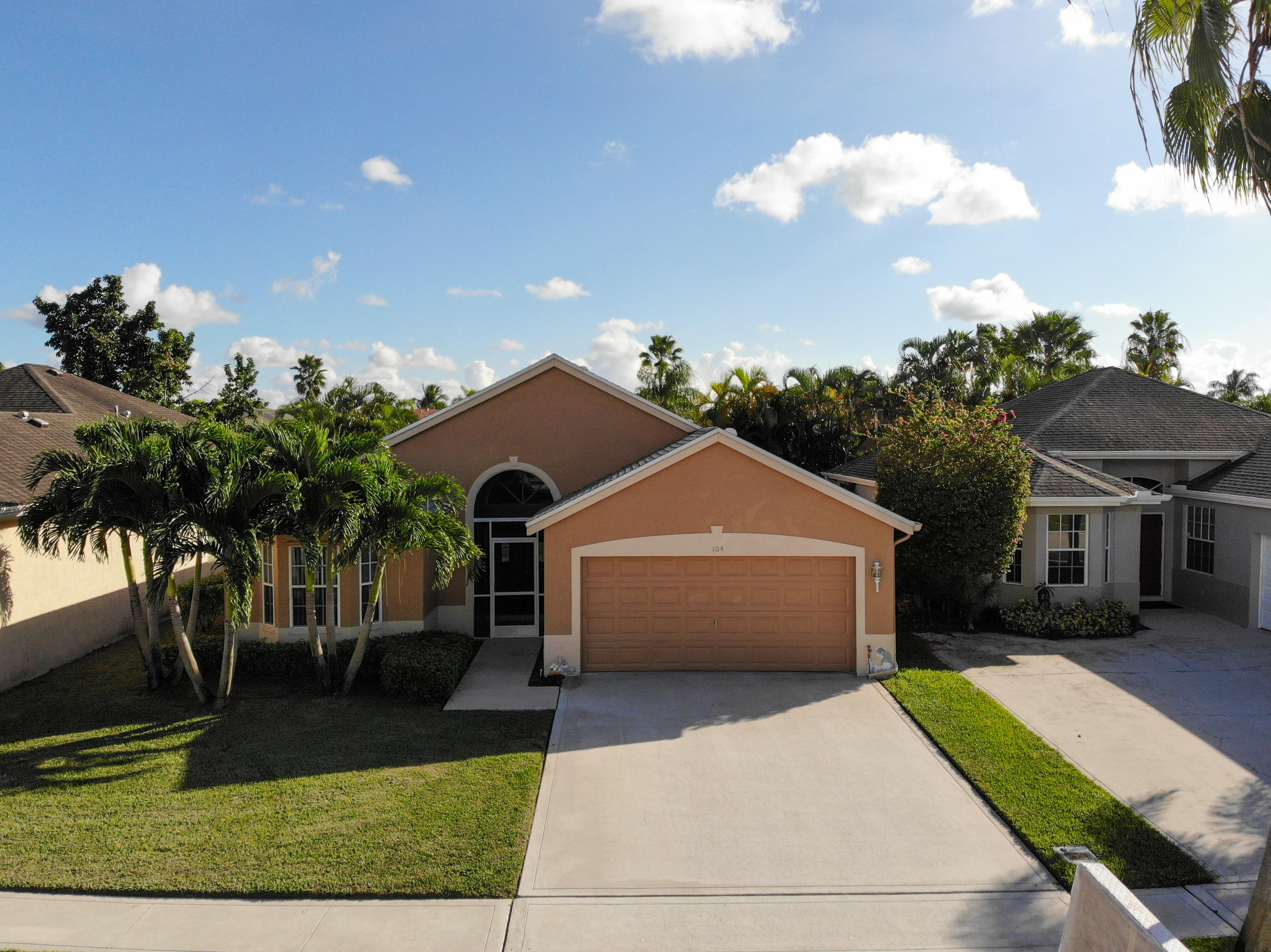 104 Saddle Trail Royal Palm Beach, FL 33411 photo 1