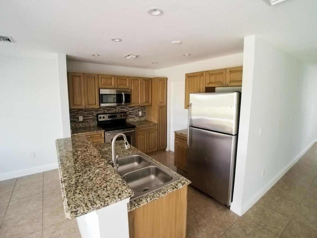 6691 Old Farm Trail, Boynton Beach, Florida 33437, 3 Bedrooms Bedrooms, ,2 BathroomsBathrooms,Rental,For Rent,Old Farm Trail,RX-10576150