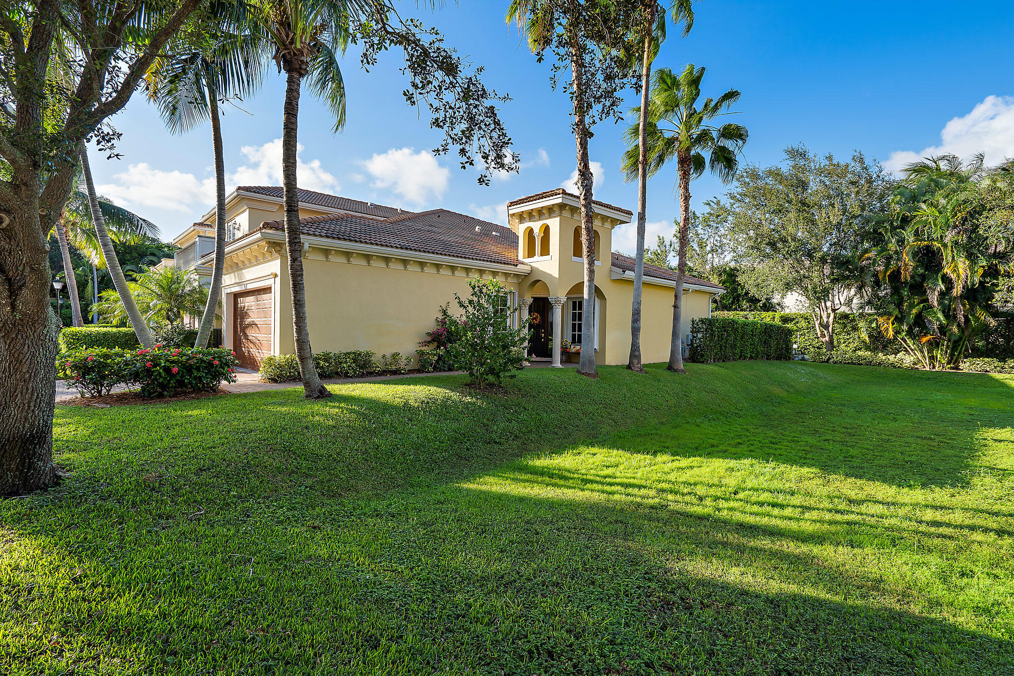 112 Renaissance Drive North Palm Beach, FL 33410 photo 2
