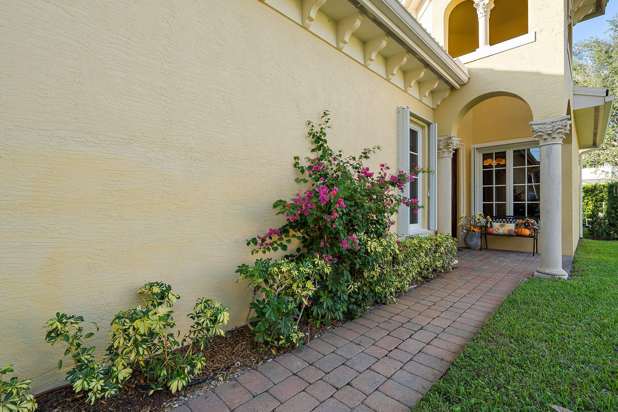 112 Renaissance Drive North Palm Beach, FL 33410 photo 3