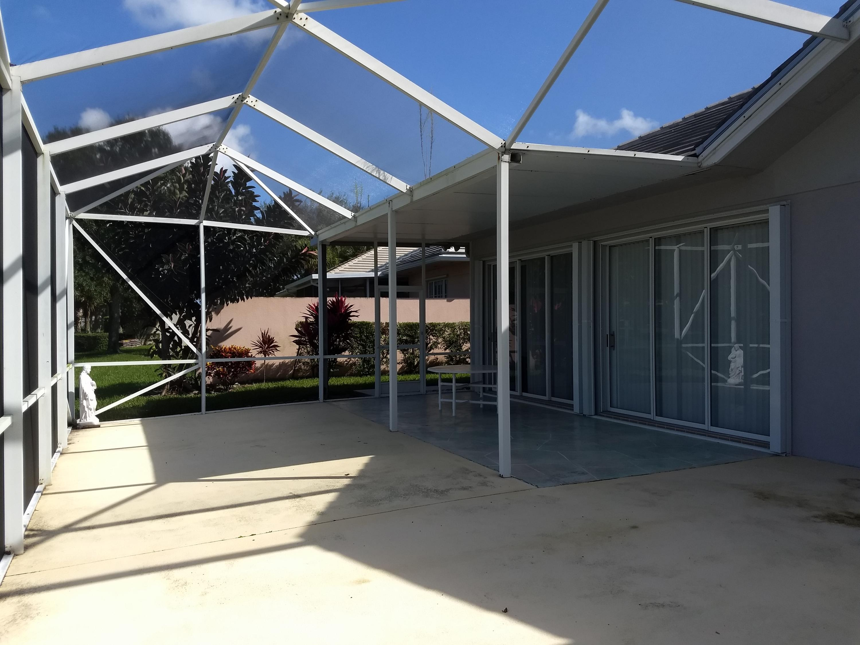 LAKES AT ST LUCIE WEST REALTY
