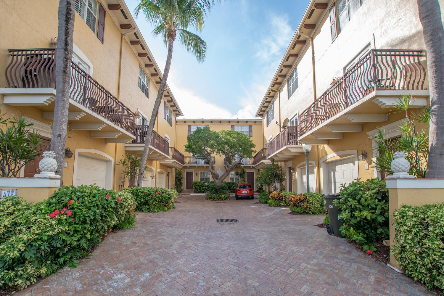 Home for sale in Courtyards Of Delray Delray Beach Florida