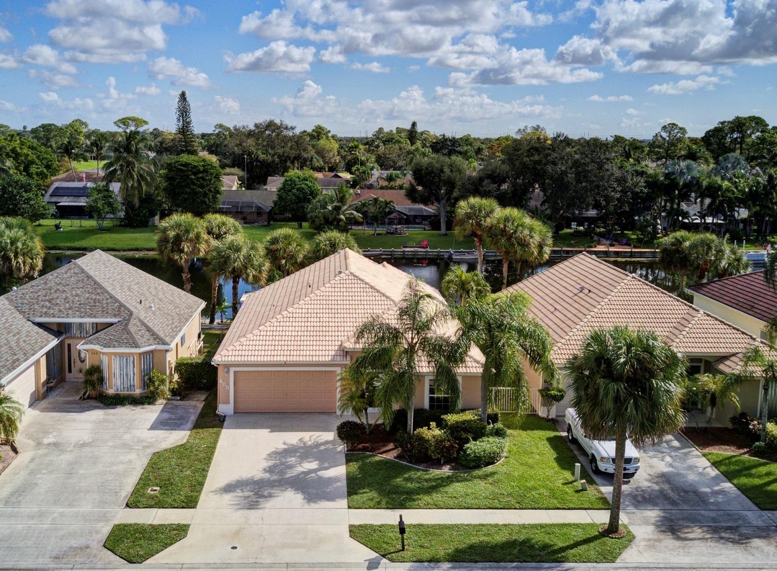 205 Saratoga Boulevard Royal Palm Beach, FL 33411