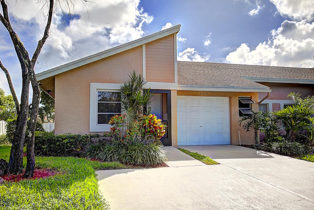 8224 Sweetbriar Way  Boca Raton FL 33496
