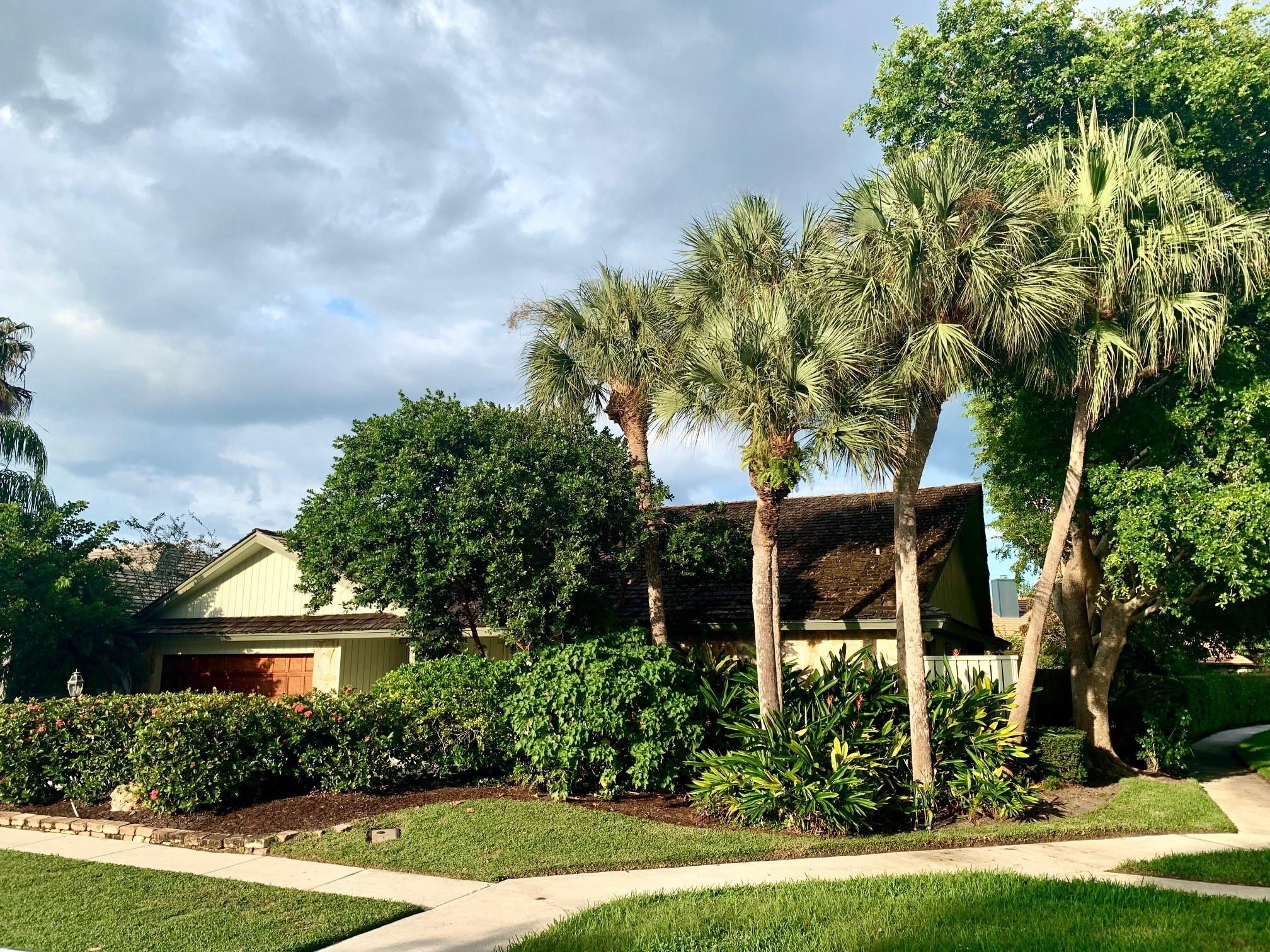 Home for sale in Frenchmen's Landing Palm Beach Gardens Florida