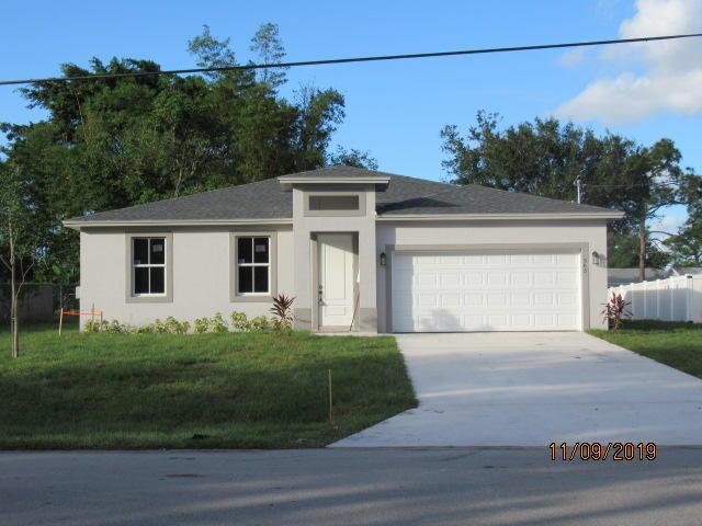 Photo of 365 SE Thanksgiving Avenue, Port Saint Lucie, FL 34984