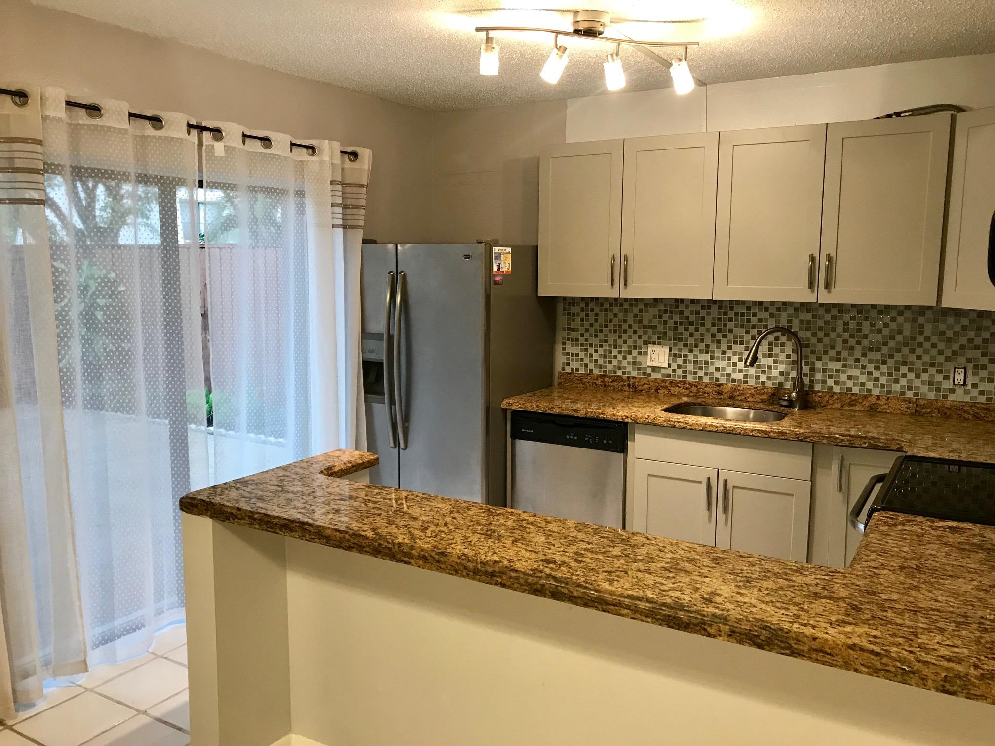 1700 Embassy Drive, West Palm Beach, Florida 33401, 3 Bedrooms Bedrooms, ,2 BathroomsBathrooms,Rental,For Rent,Embassy,RX-10564389