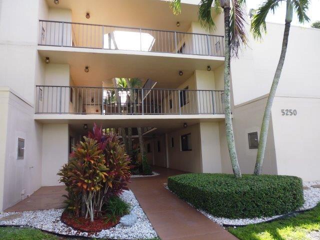 5250 Las Verdes Circle 123  Delray Beach, FL 33484