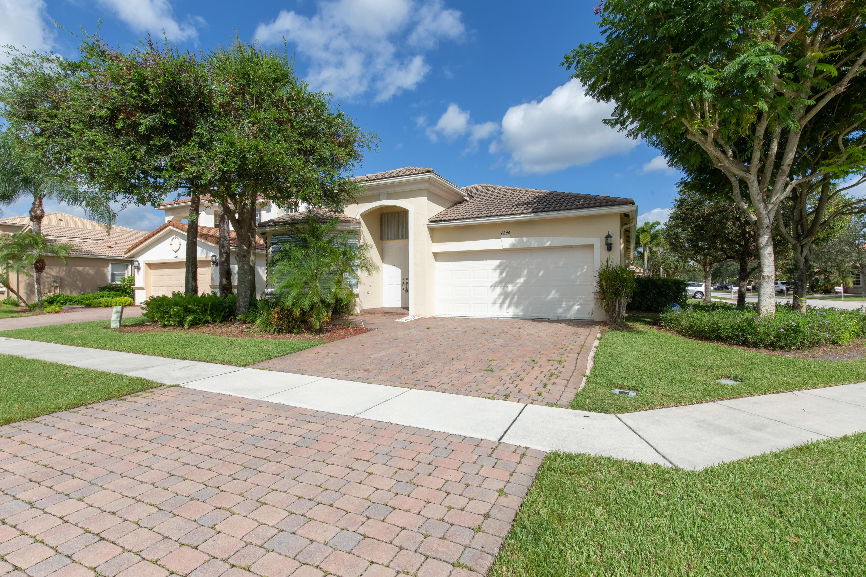 7246 Via Leonardo Lake Worth, FL 33467