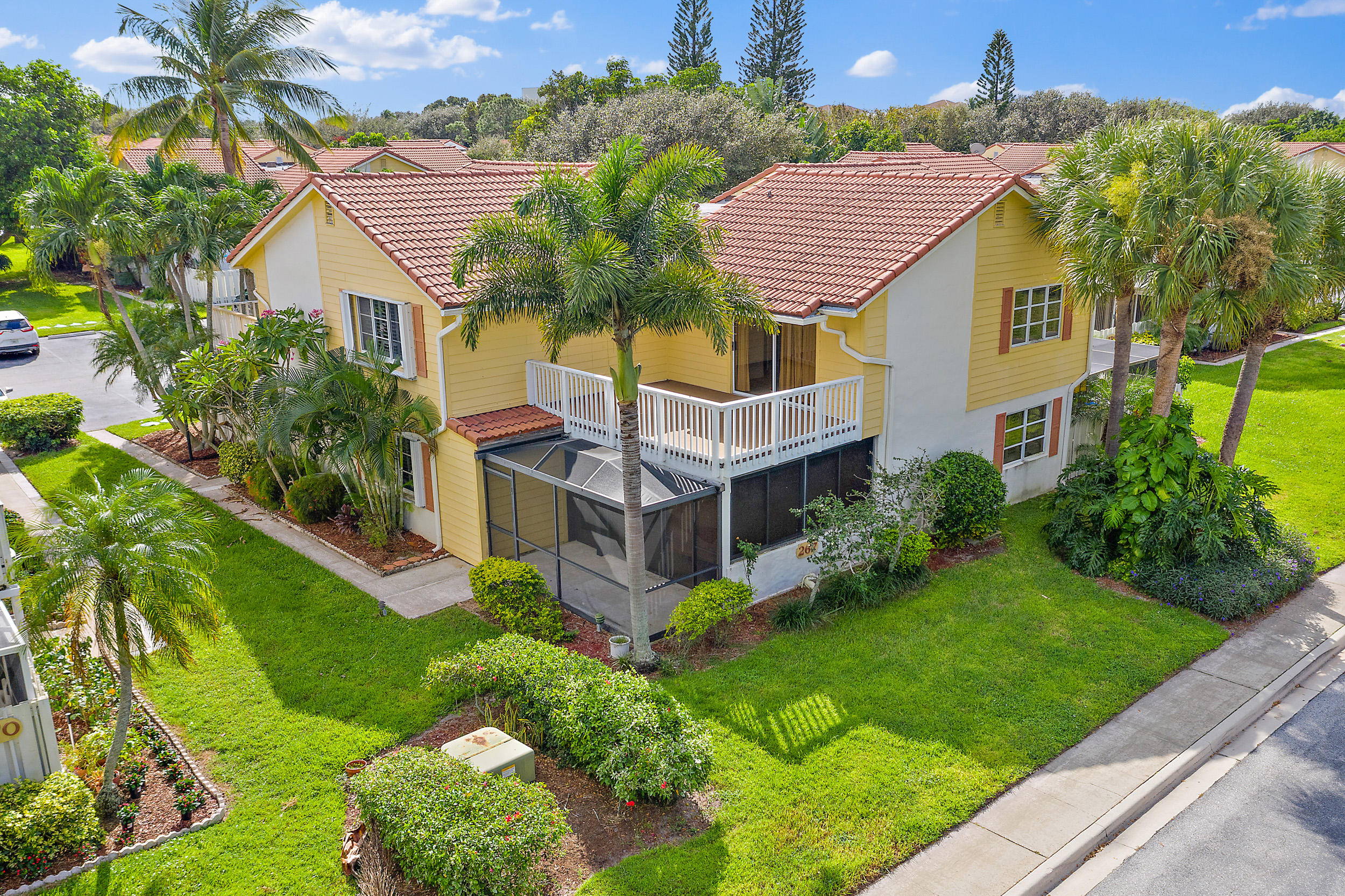 267 Seabreeze Circle - Jupiter, Florida